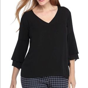 THE LIMITED | sz 2X NWT Black bell sleeve blouse